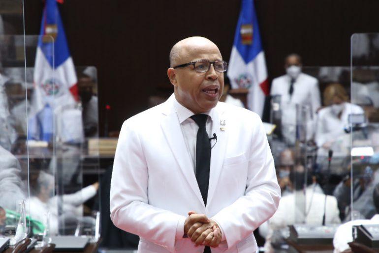 Alfredo Paheco, de nuevo fue posicionado como nuevo presidente de la Cámara de Diputados.