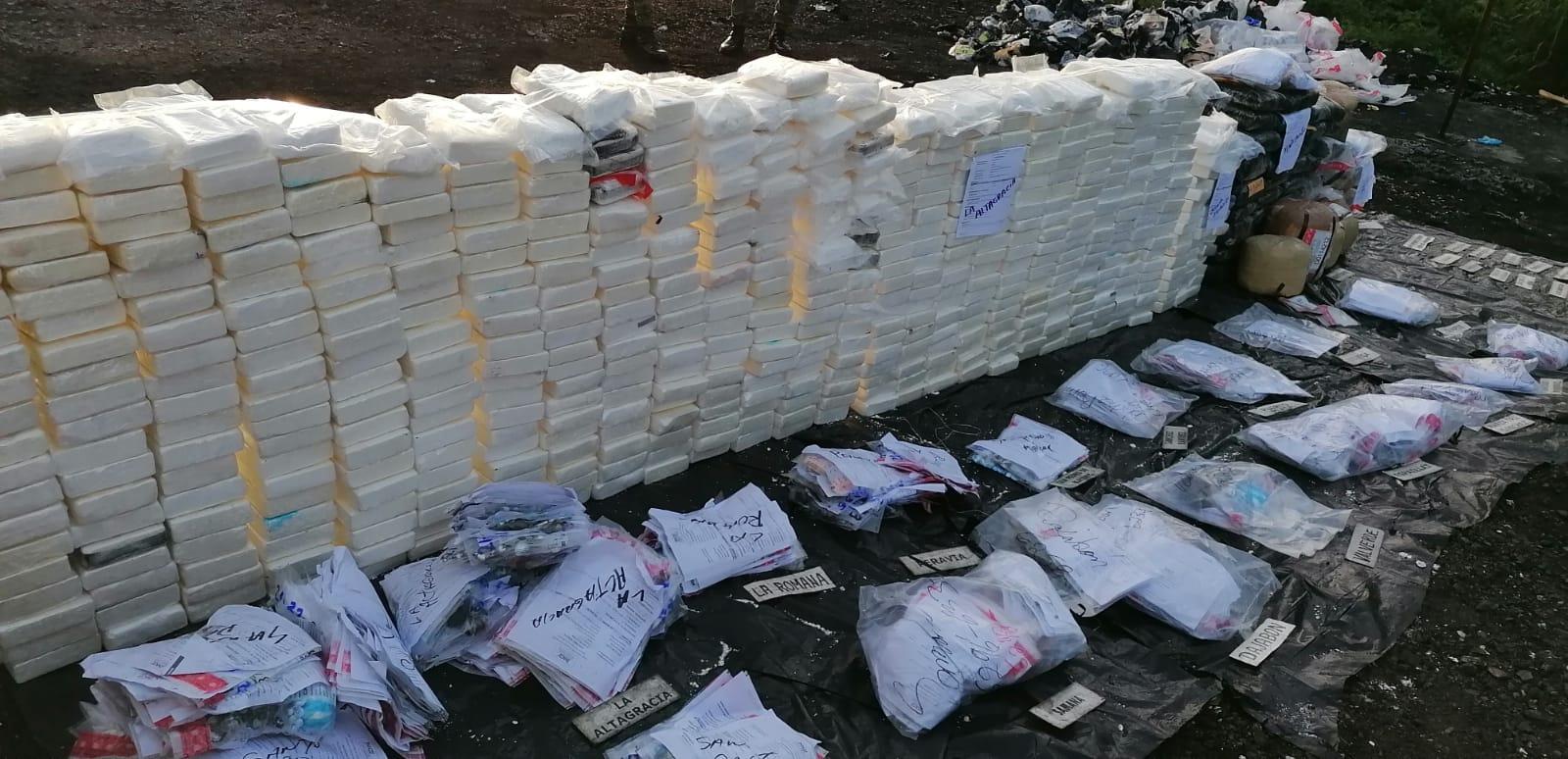 Las drogas incineradas por la Procuraduría General de la República este jueves.