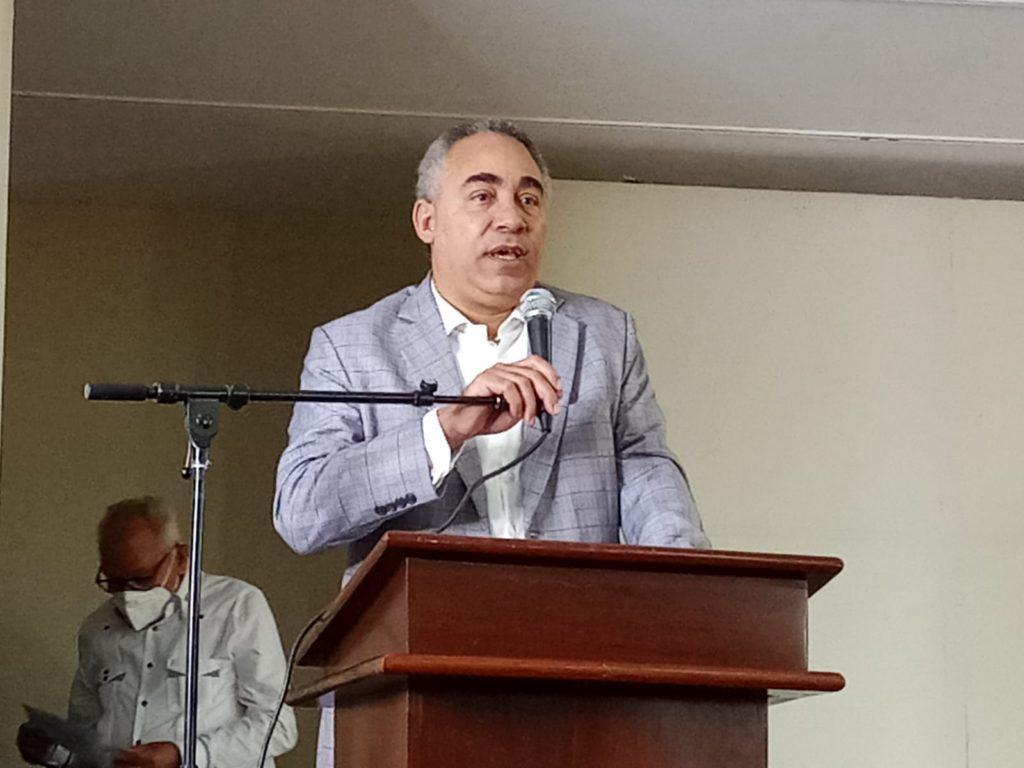 Severo Rivera será reconocido por Premios Puertoplateño Sobresaliente.