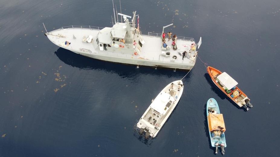 Codopesca al momento de interceptar las dos embarcaciones.