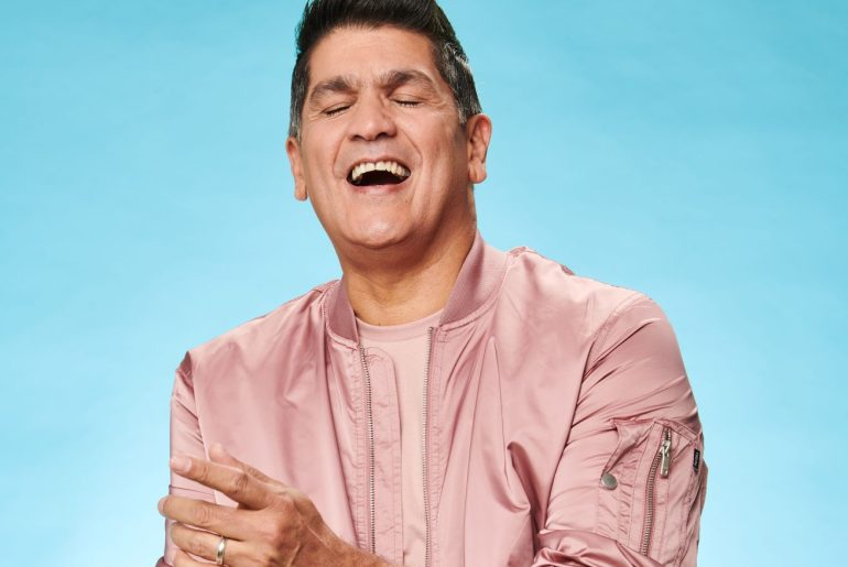 """Eddy Herrera lanza tema """"Libre Navidad""""."""