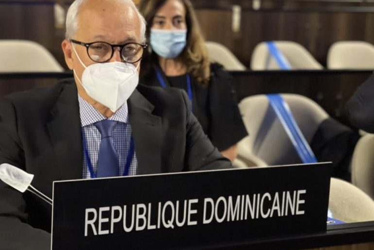 Por el embajador dominicano ante la UNESCO, Andrés L. Mateo.