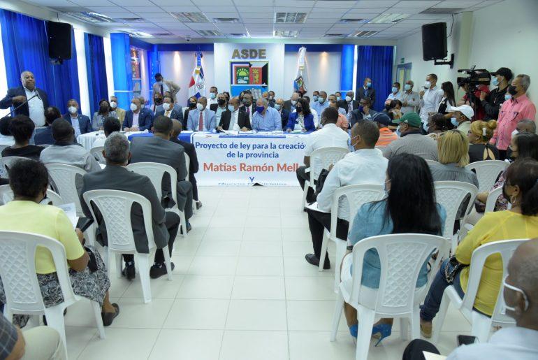 Diputados SDE analizan propuesta de crear provincia Matías Ramón Mella.