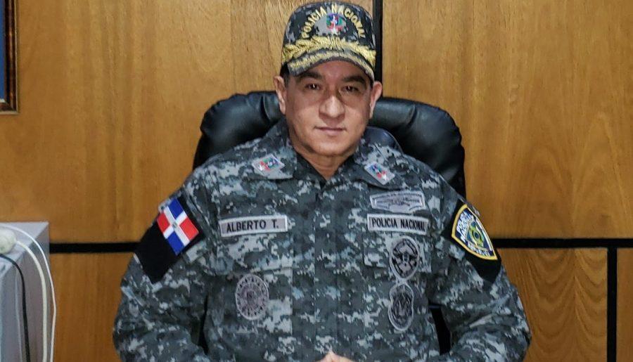 Presidente destituye director de la PN y designa a Eduardo Alberto Then